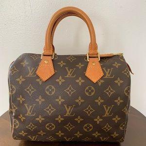 Authentic Louis Vuitton Speedy 25